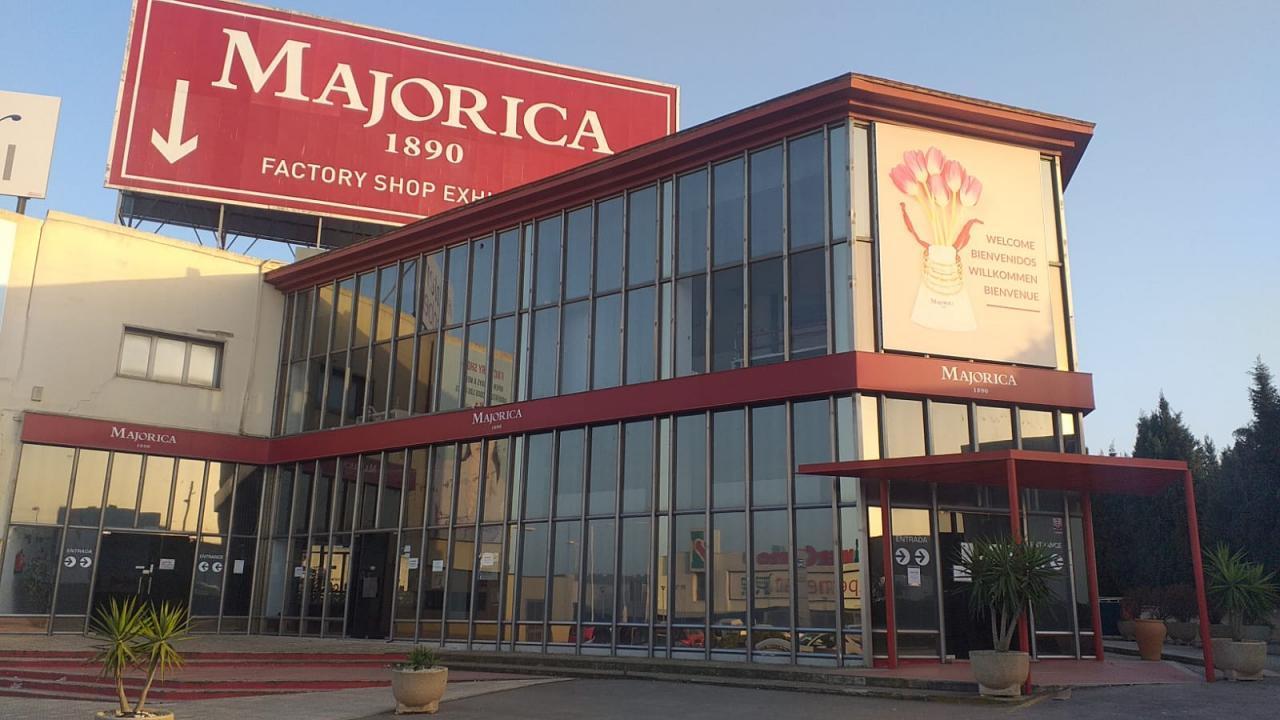 Carrefour-Aktionär erhält Zuschlag für Perlenfabrik auf ...