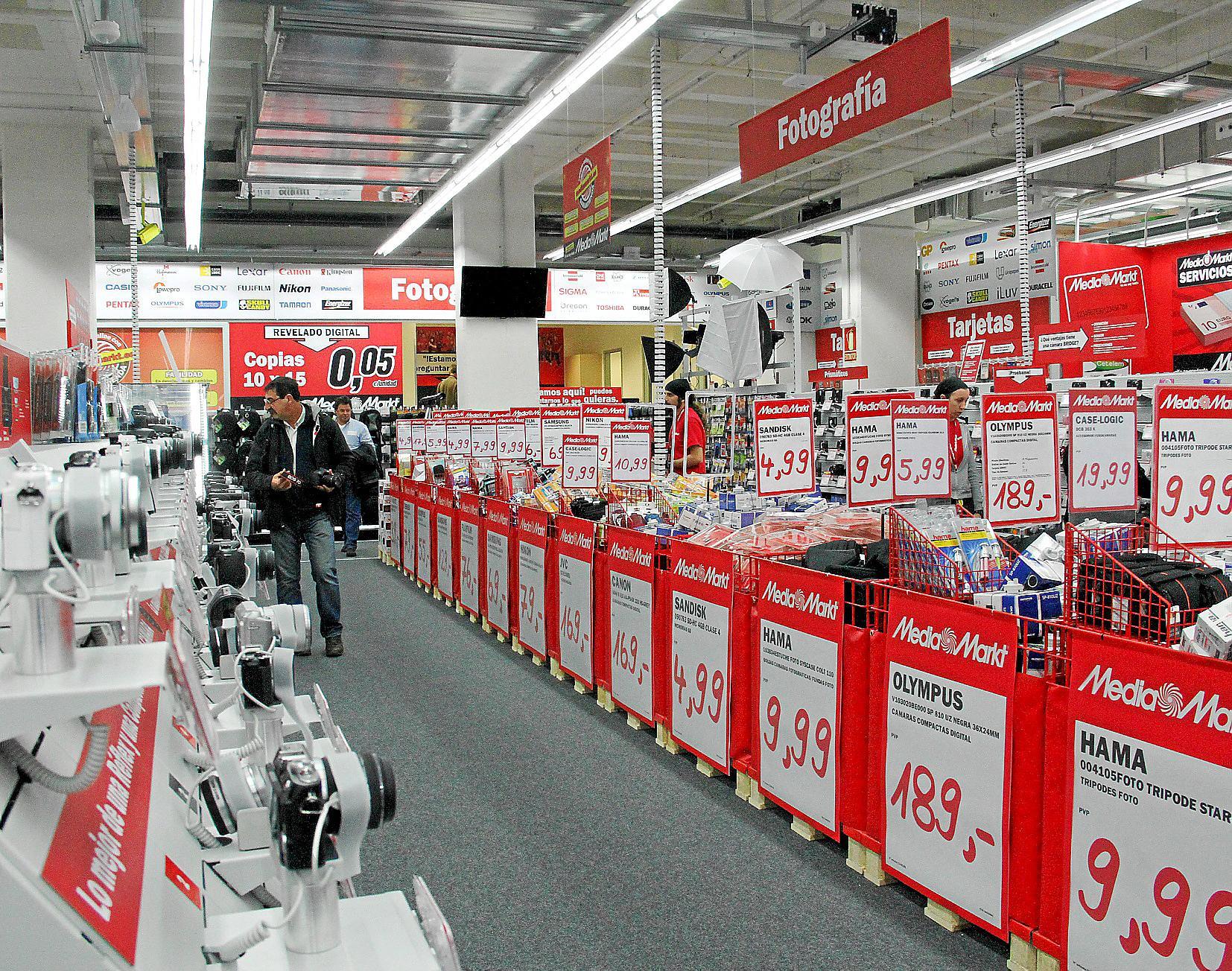 Auto Kühlschrank Media Markt : Media markt startet um mitternacht