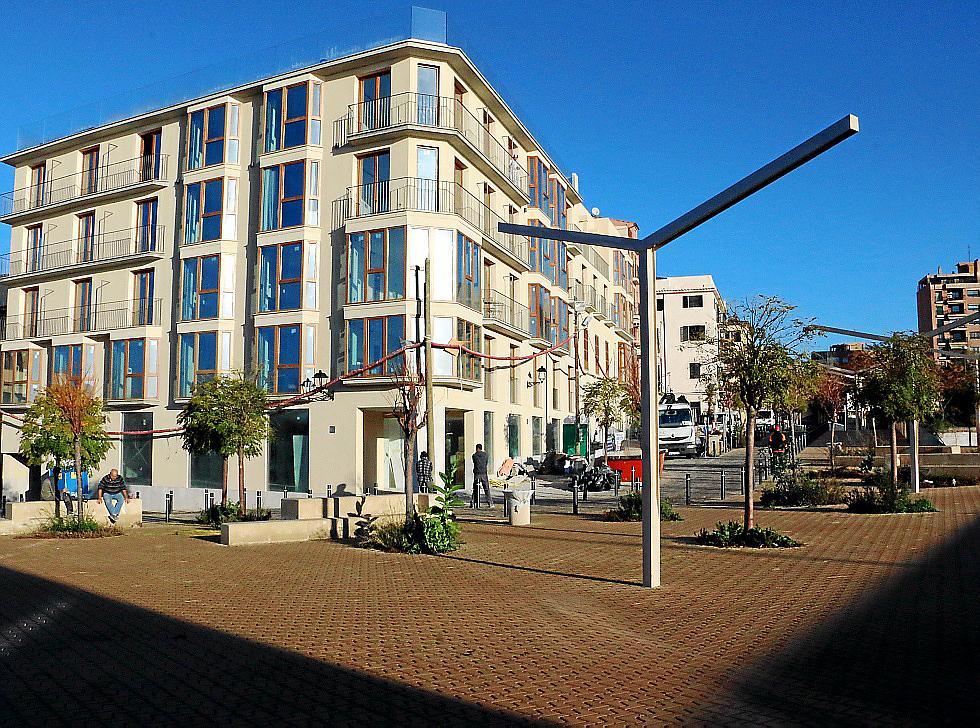 Auch am Hotel Baluard del Príncep wird noch eifrig gewerkelt. Es befindet sich im östlichen Winkel der Altstadtmauer und wird zw