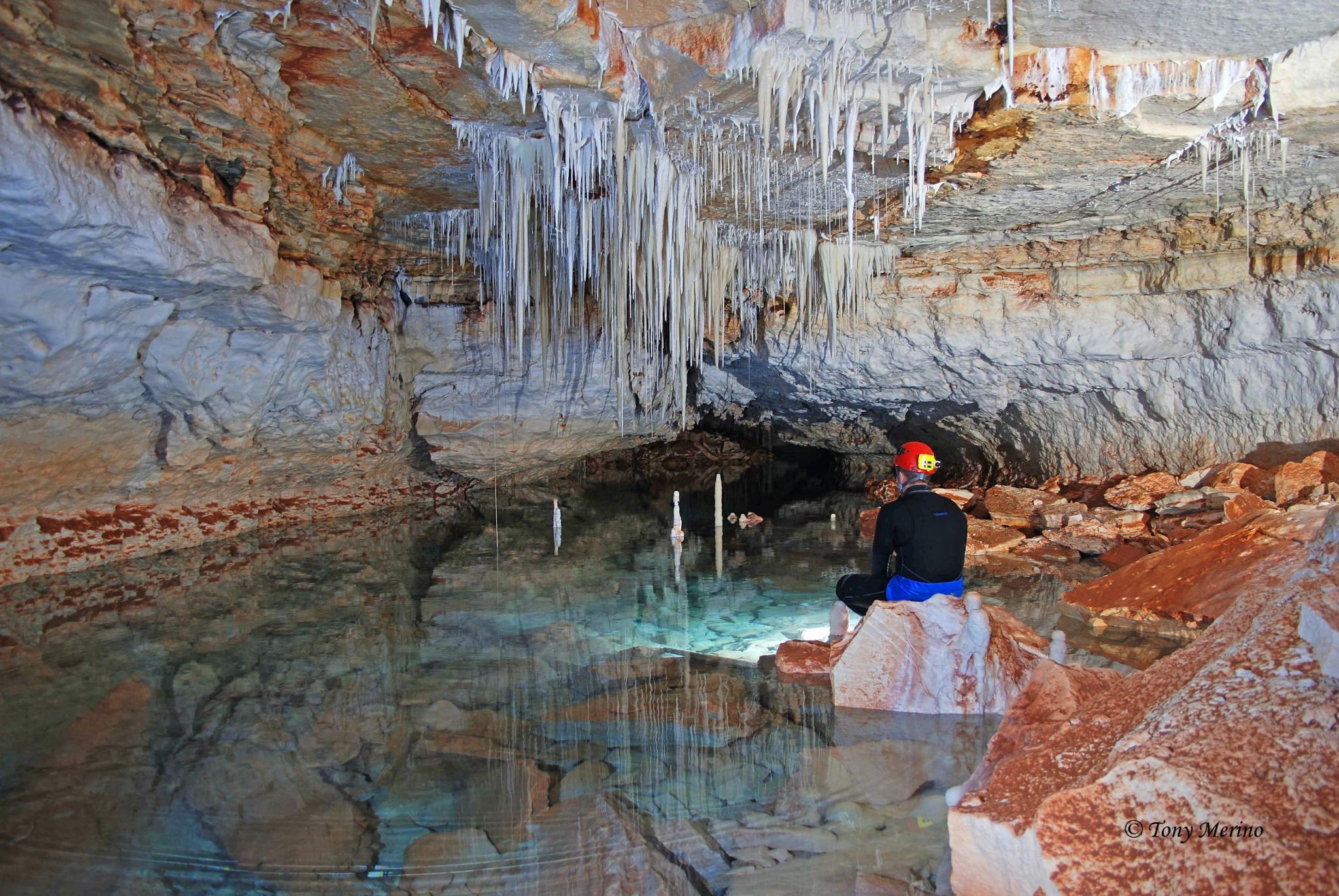 Die Höhle von Vallgornera befindet sich im Untergrund der Wohnsiedlung.