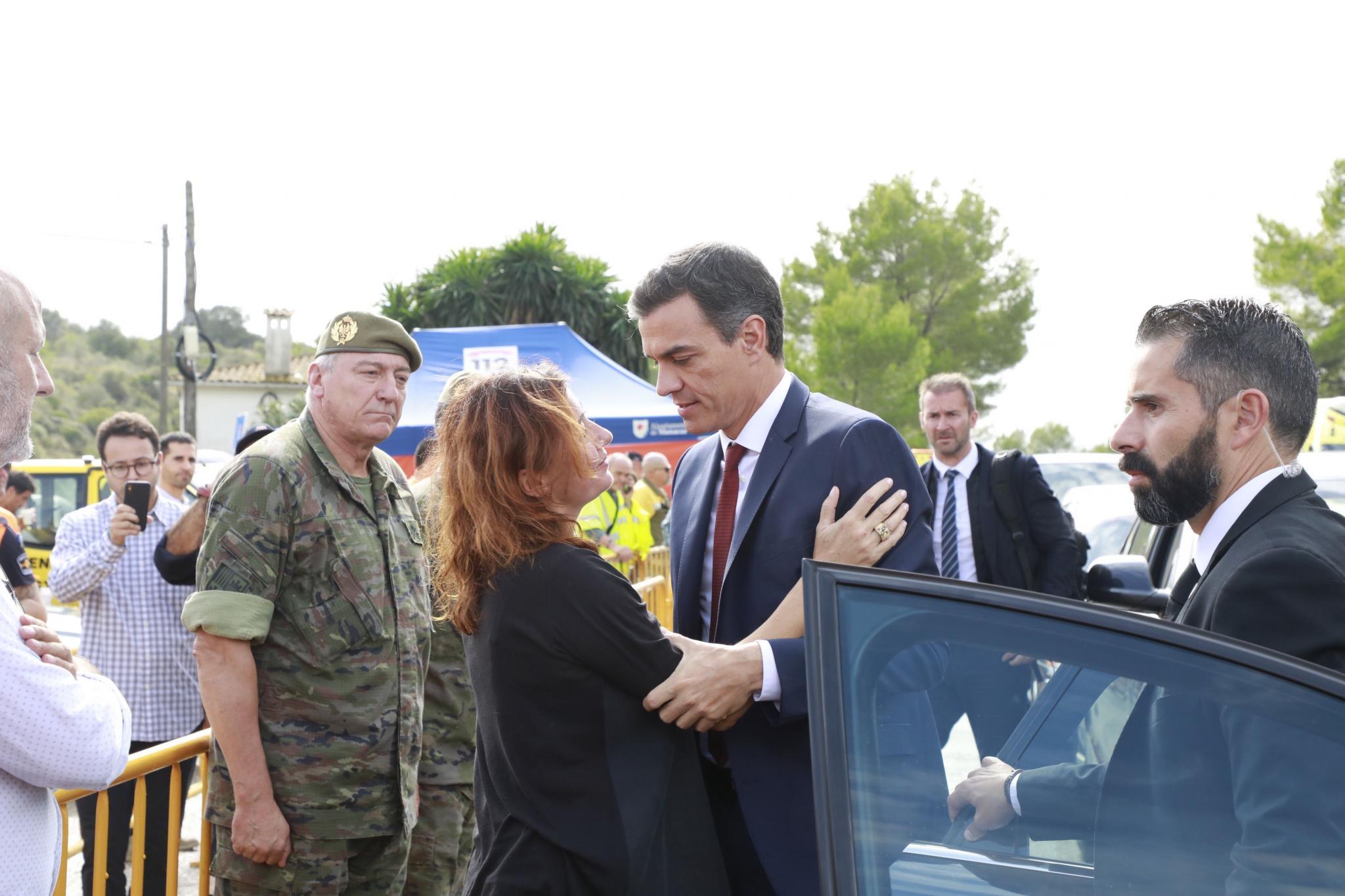 Spaniens Ministerpräsident Pedro Sánchez ist auf Mallorca eingetroffen, um sich ein Bild der Lage zu machen.
