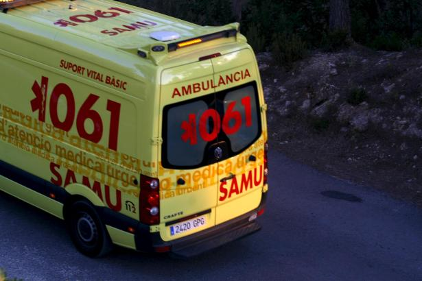 EIVISSA. AMBULANCIAS. AMBULANCIA DEL SAMU 061