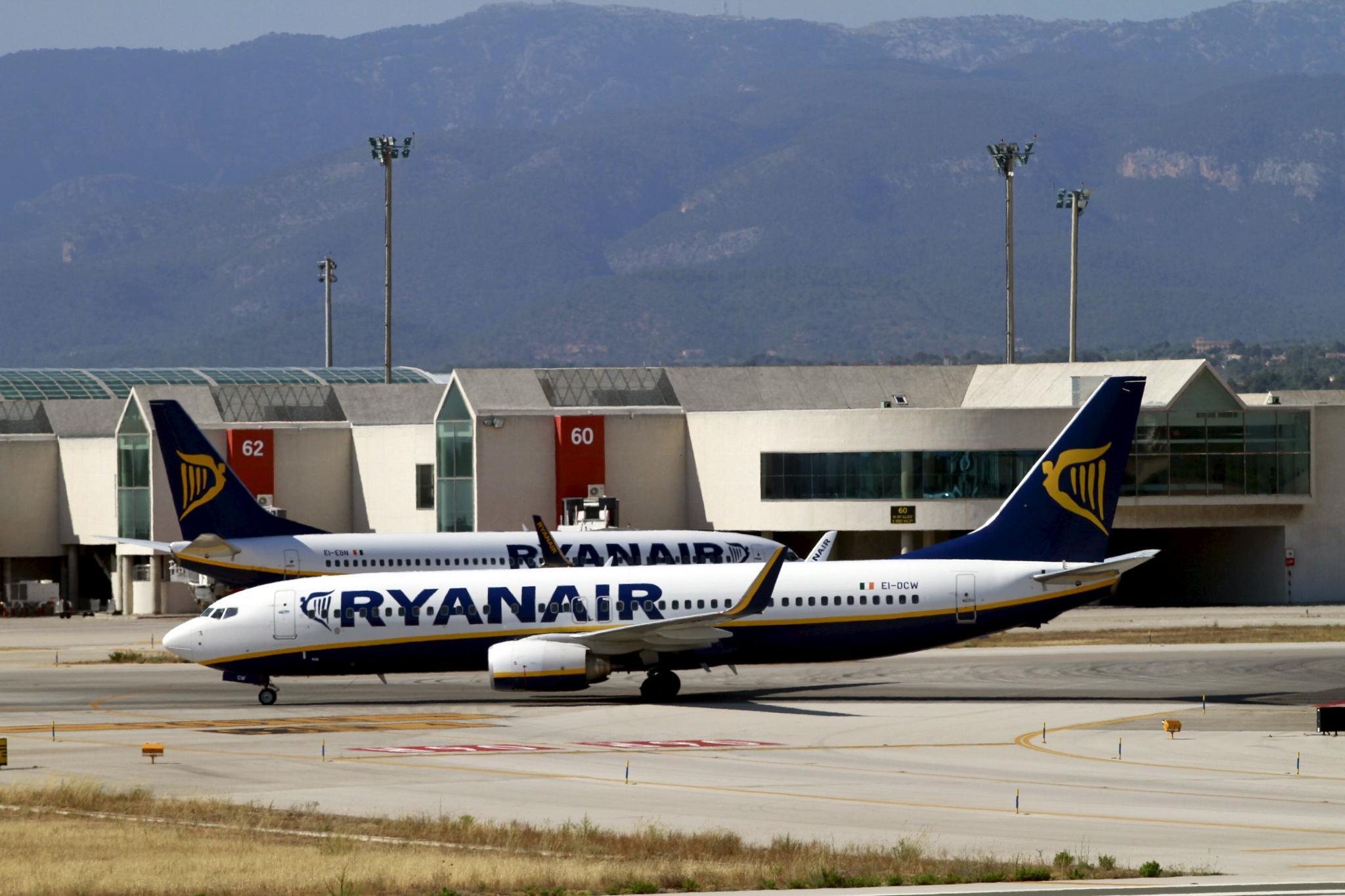 Erster Streik bei Ryanair möglich » Wirtschaft ...